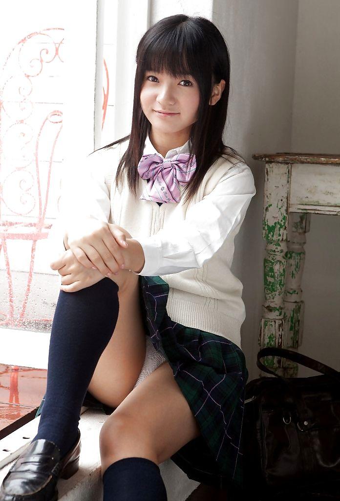 Japanese high school girl friend creampie3 4