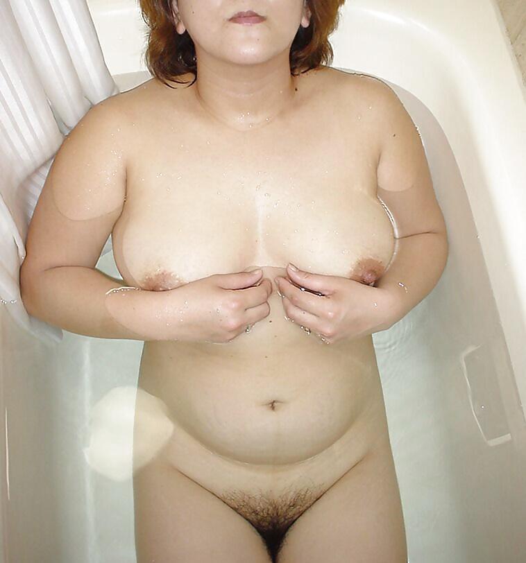 Liesbian strip porn free
