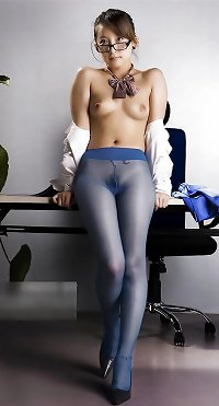 Asians in nylons -4